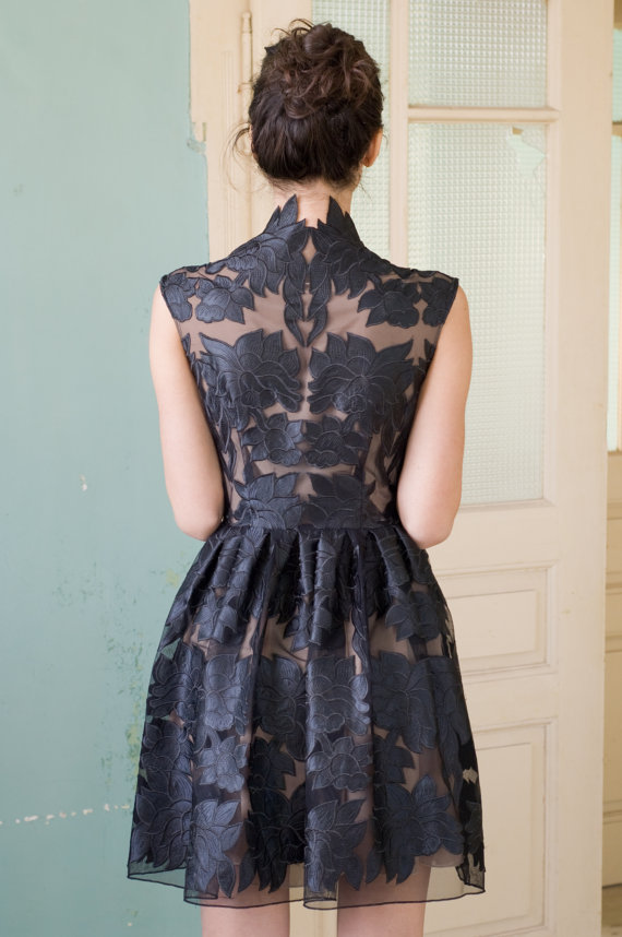 Nelli_Uzun_Black_lace-dress.jpg