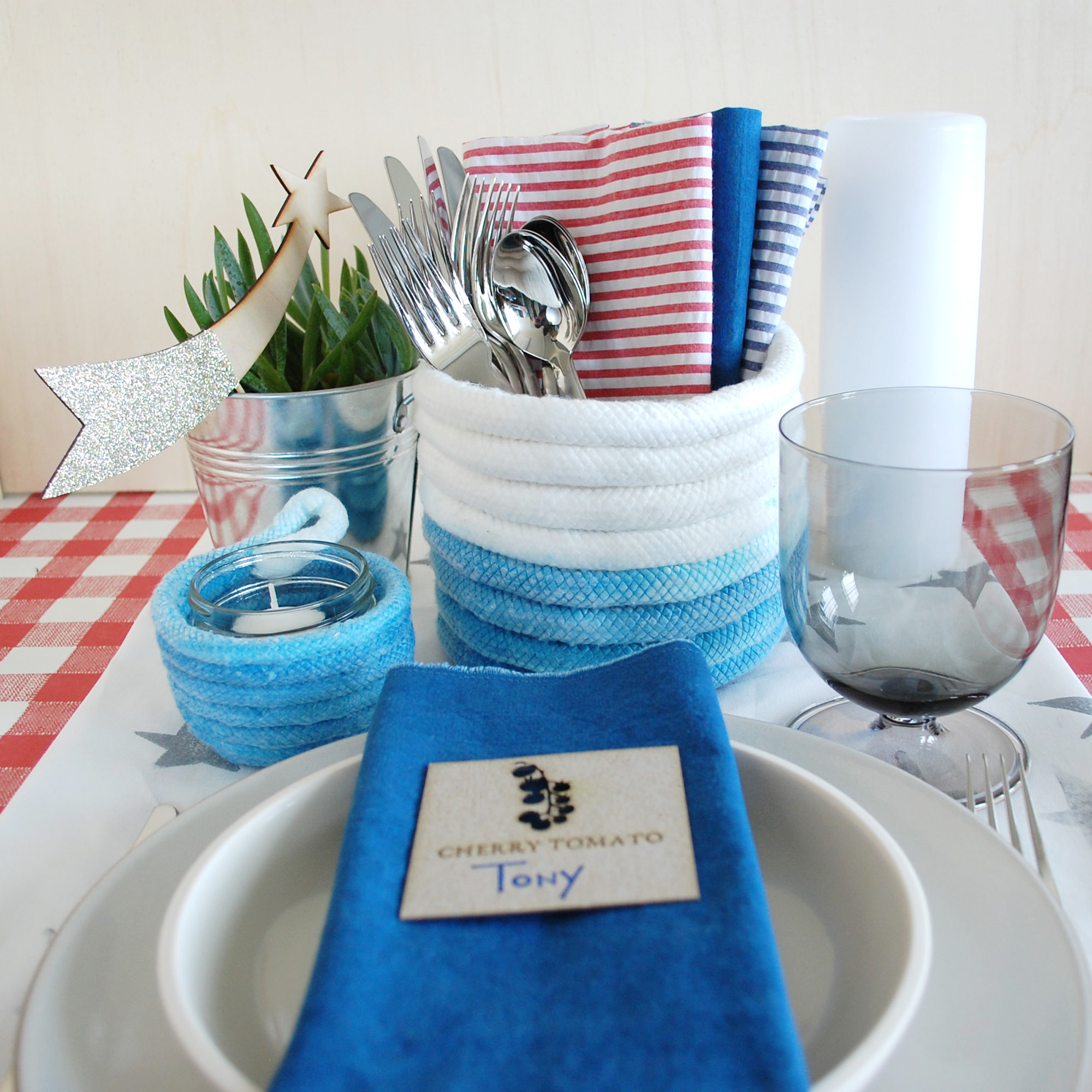 Rope-Container-DIY-Fourth-Of-July-Place-Setting.jpg