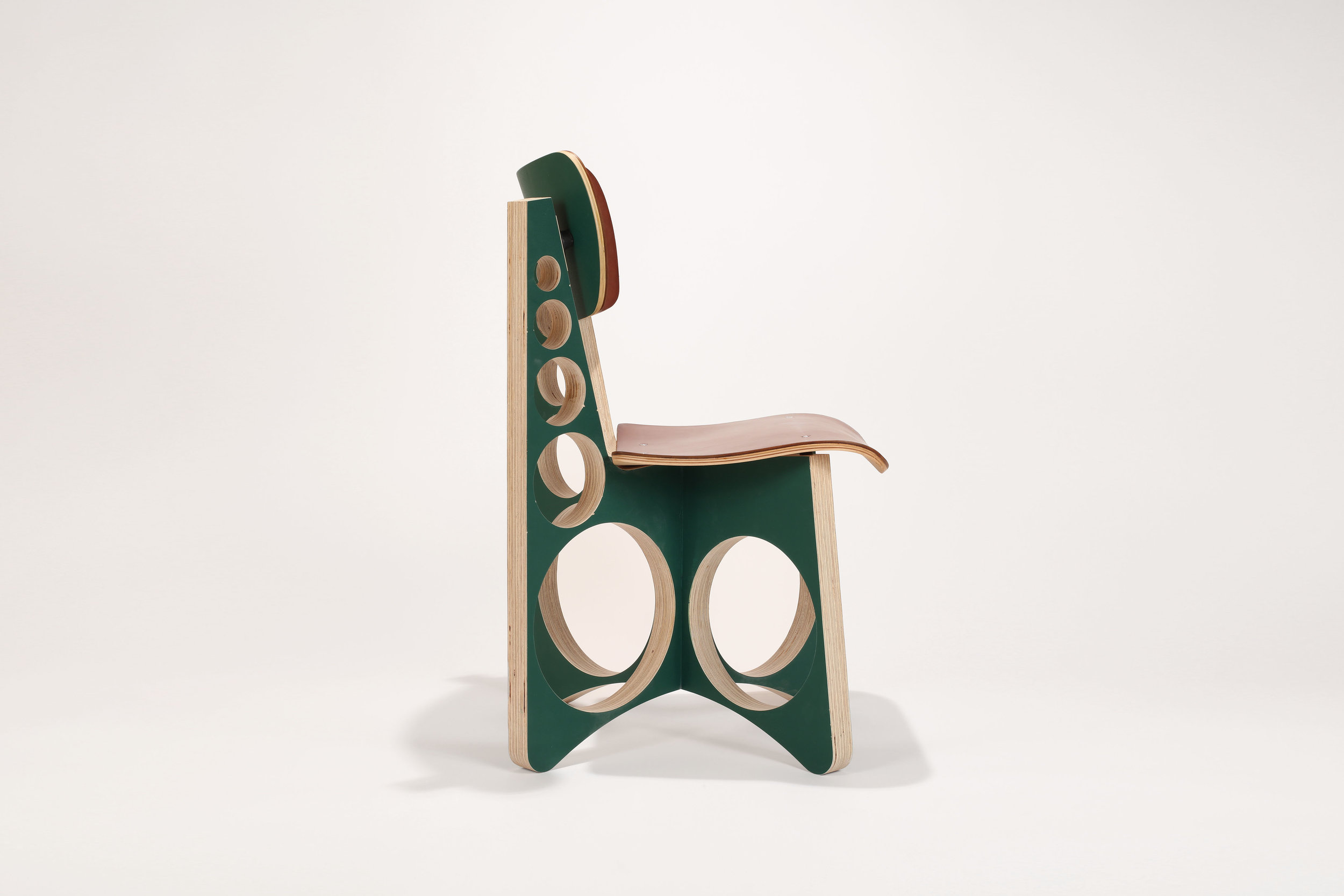 2018.118 British Racing Green X-Chair (proto)side view.jpg