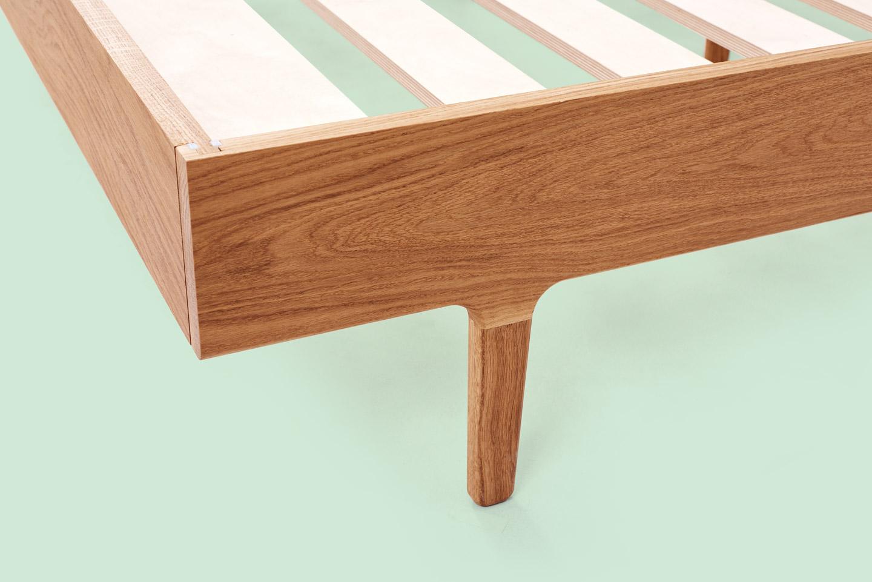 04-Bed-Frame_White-Oak_010.jpg