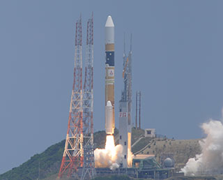 Japan's H-IIA heads for space with Sprout on board (Source: JAXA/MHI)