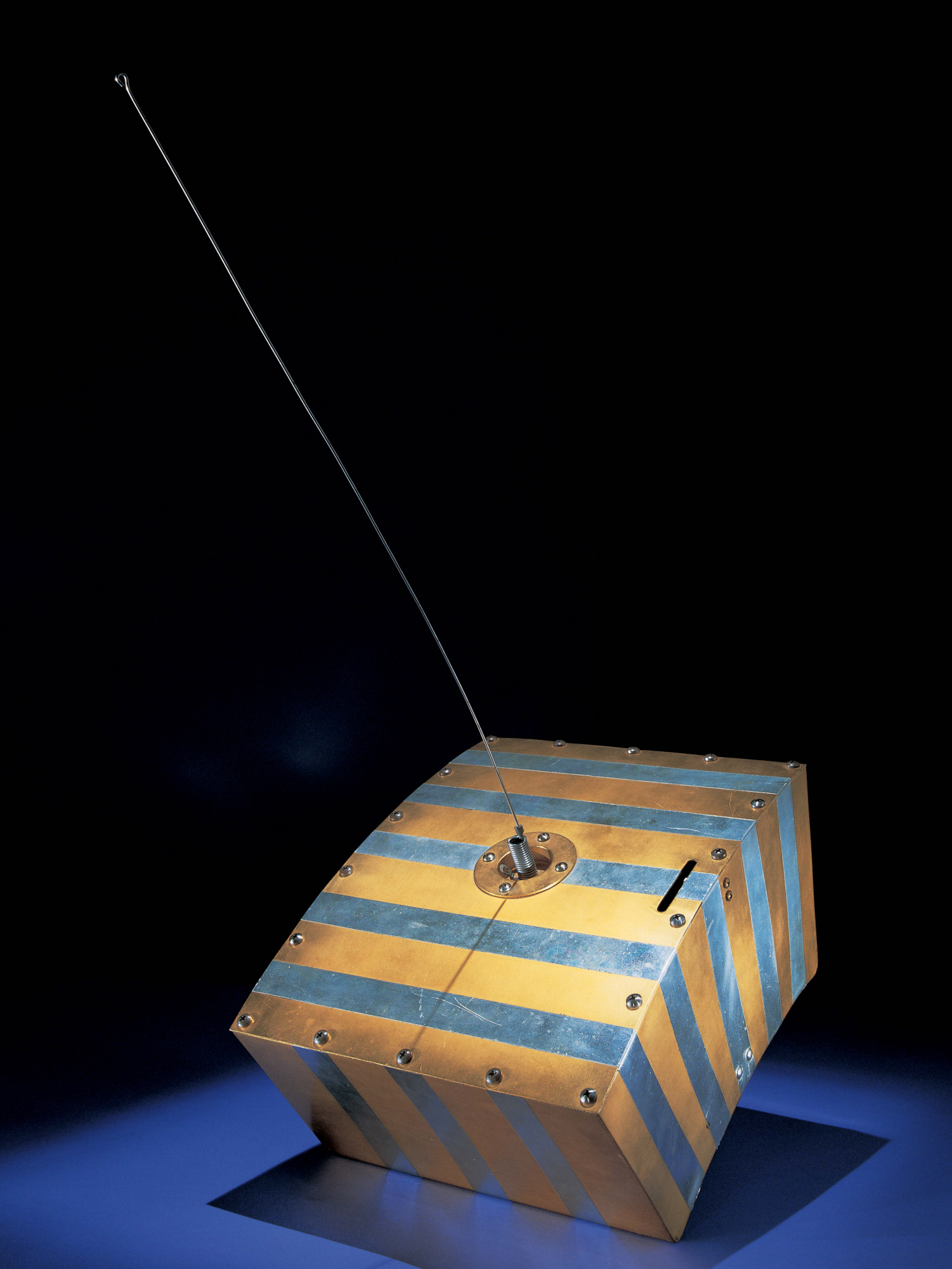 A model of Oscar, the world's first amateur satellite, on display at the Smithsonian National Air and Space Museum. Source:  Smithsonian Institute