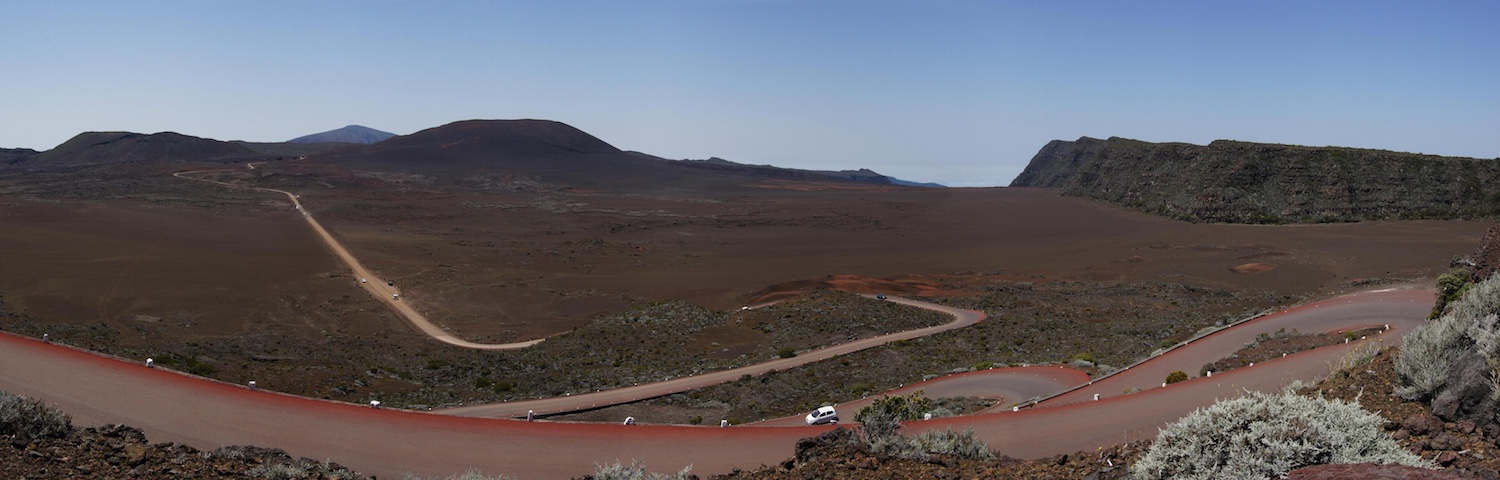 Reunion's Plaines des Sables looks kinda like Mars. Except for the roads. And the plants. Credit:  Dval20 via Wikimedia Commons CC BY-SA 3.0