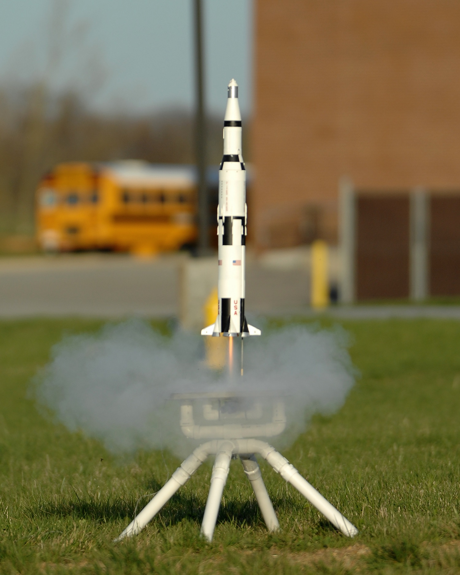 A sixty year focus on safety has made model rocketry an incredibly safe hobby for adults and children alike. Credit:  Joe Schneid CC-BY-SA-3.0 via Wikipedia