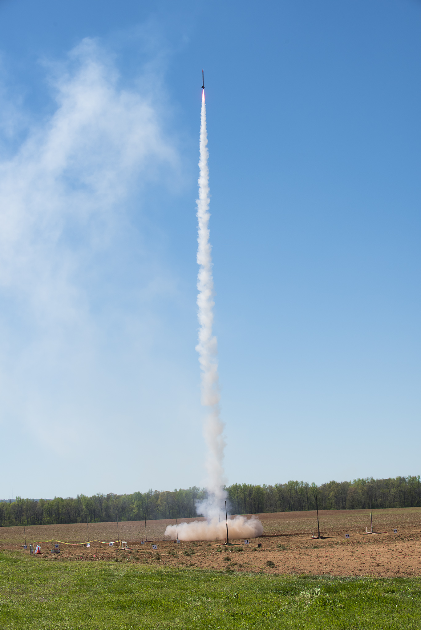 Nasa's Student Launch competition sends high performance rockets soaring a mile above an Alabama farm.  Credit: Nasa / MSFC / Charles Beason