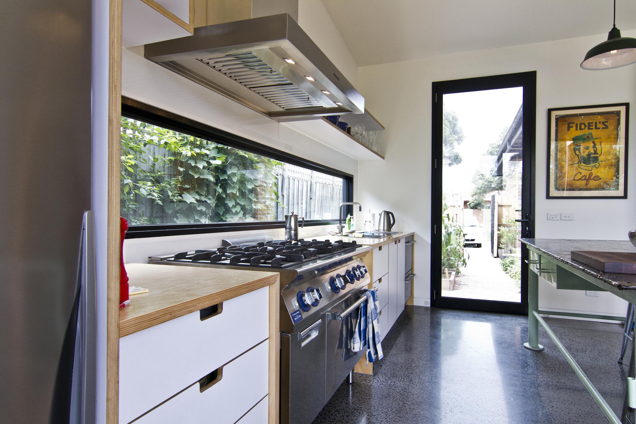 Neville - Kitchen 03.jpg