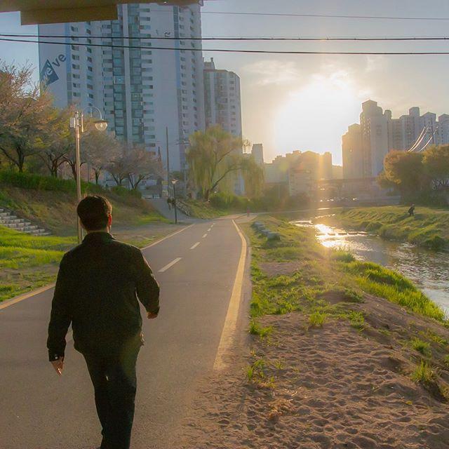 IRL Anime on a Uijeongbu river path #korea #animephotos