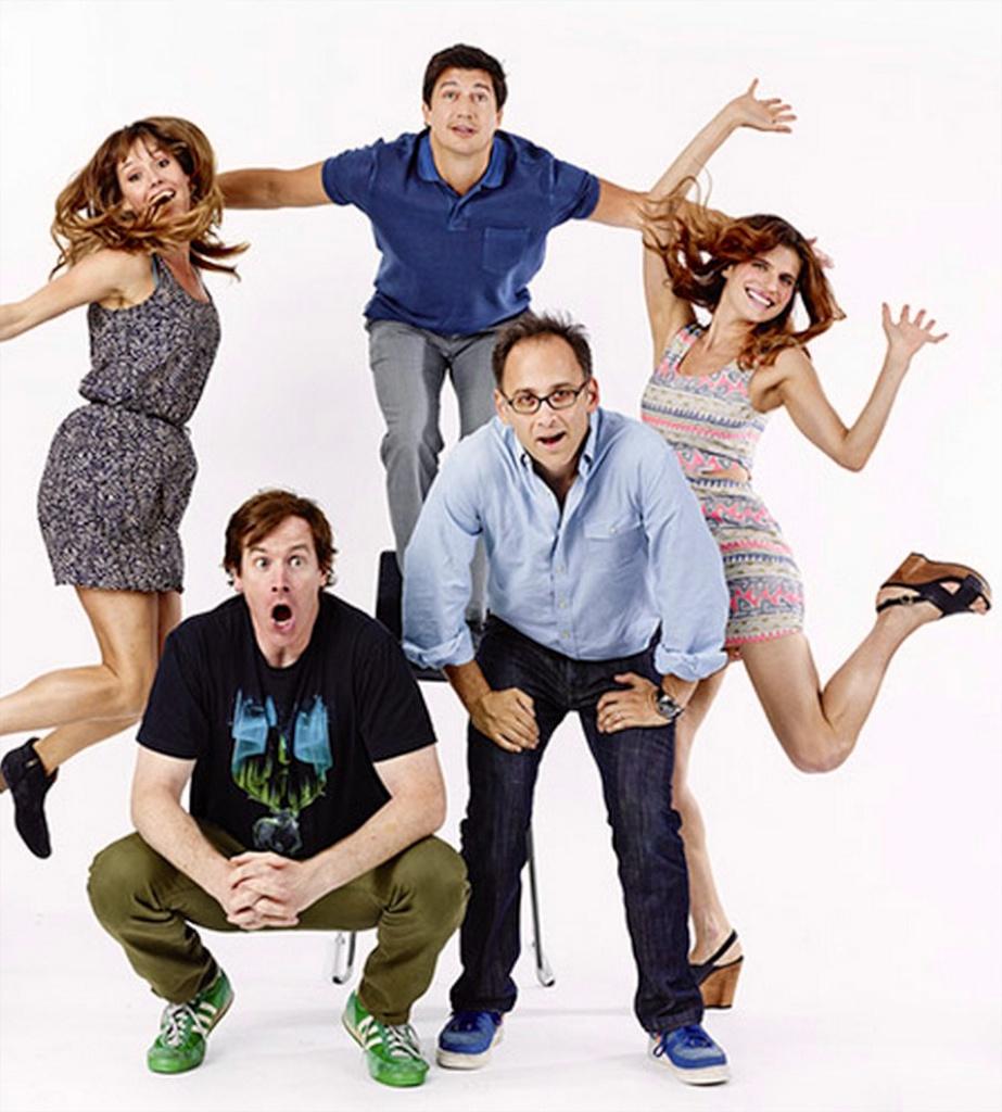 EW Photo w/ CH cast