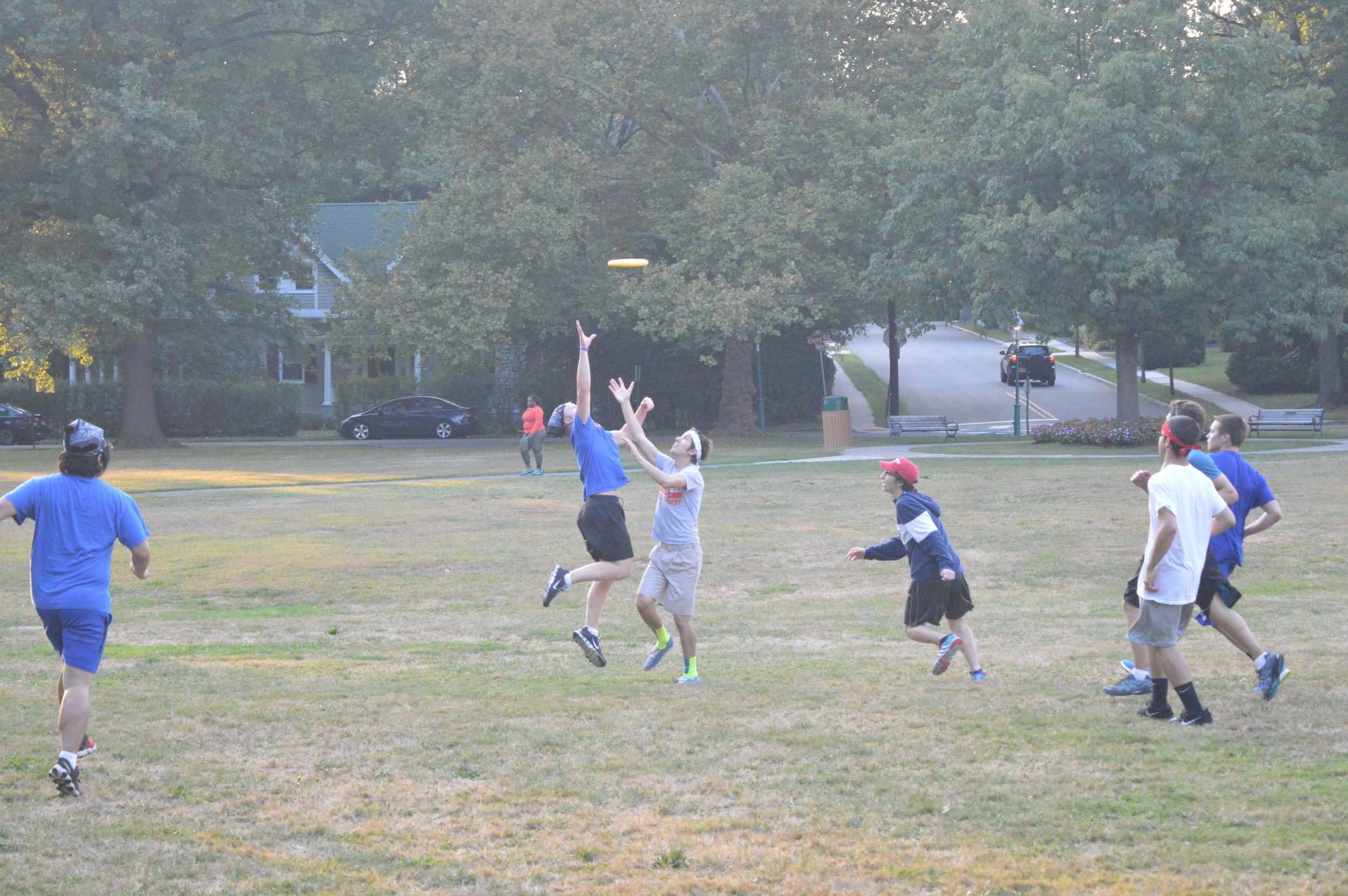 Weekly Men's Frisbee