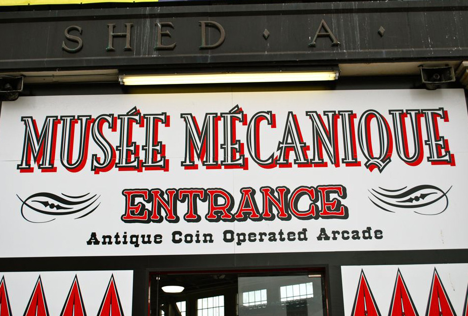 musee mecanique sign.jpg