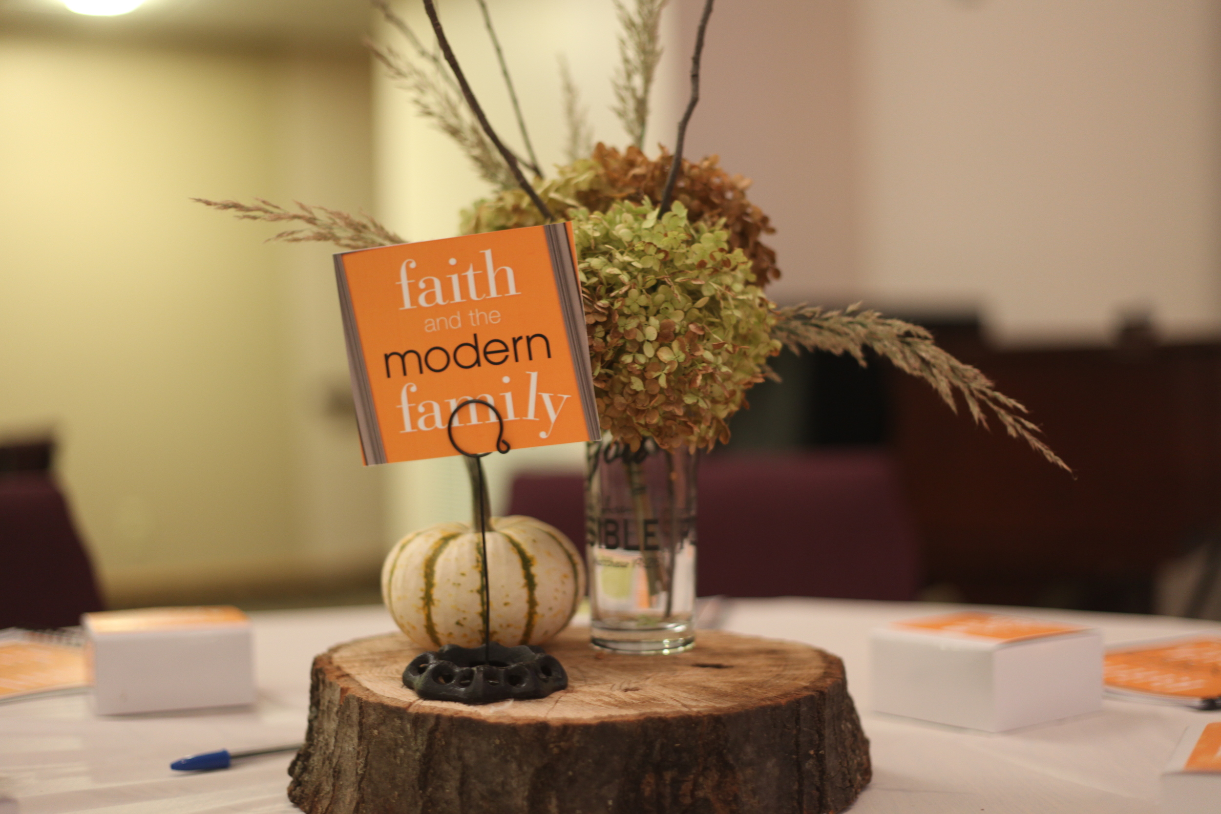 Table Centerpiece Decoration 01.JPG