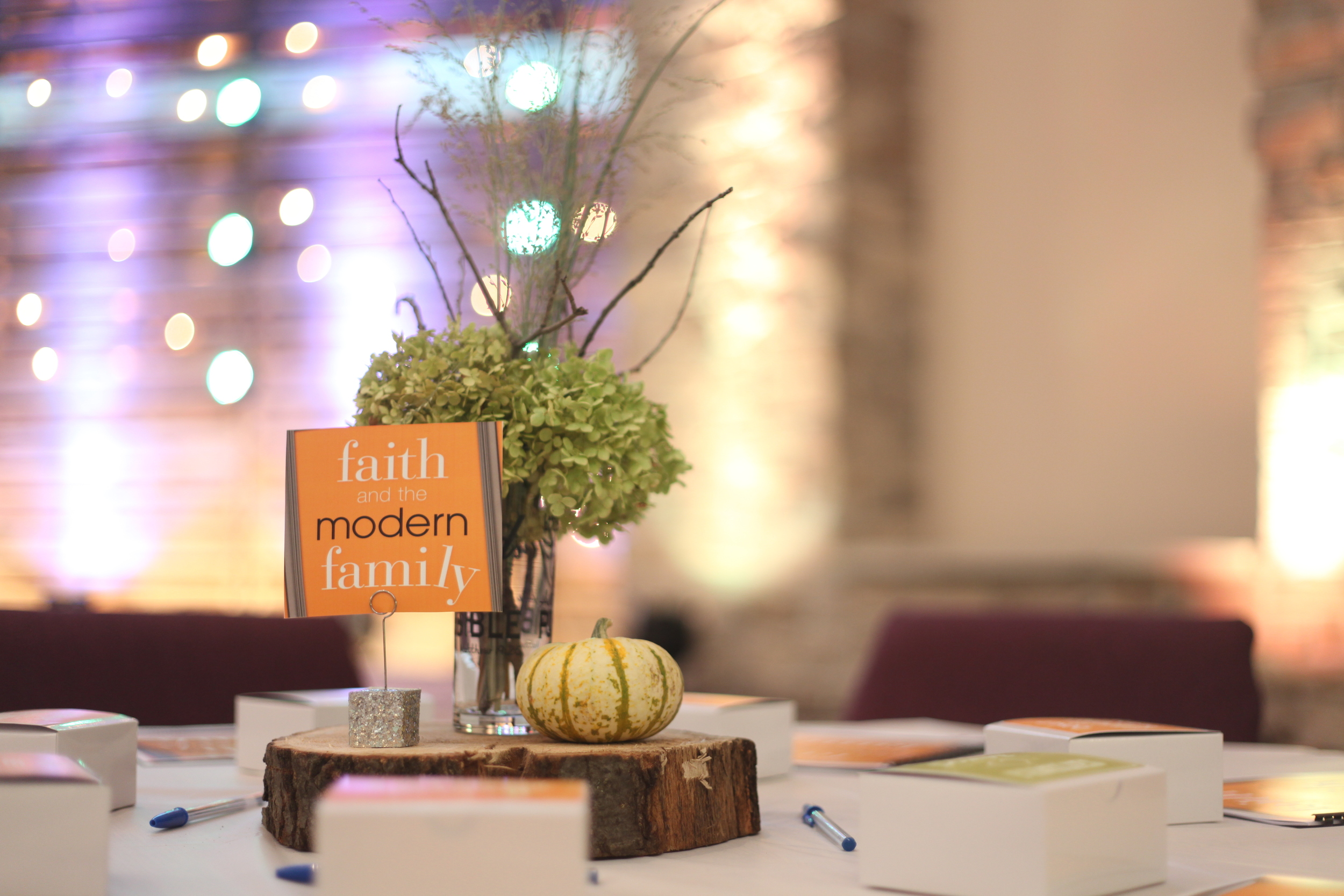 Table Centerpiece Decoration 02.JPG
