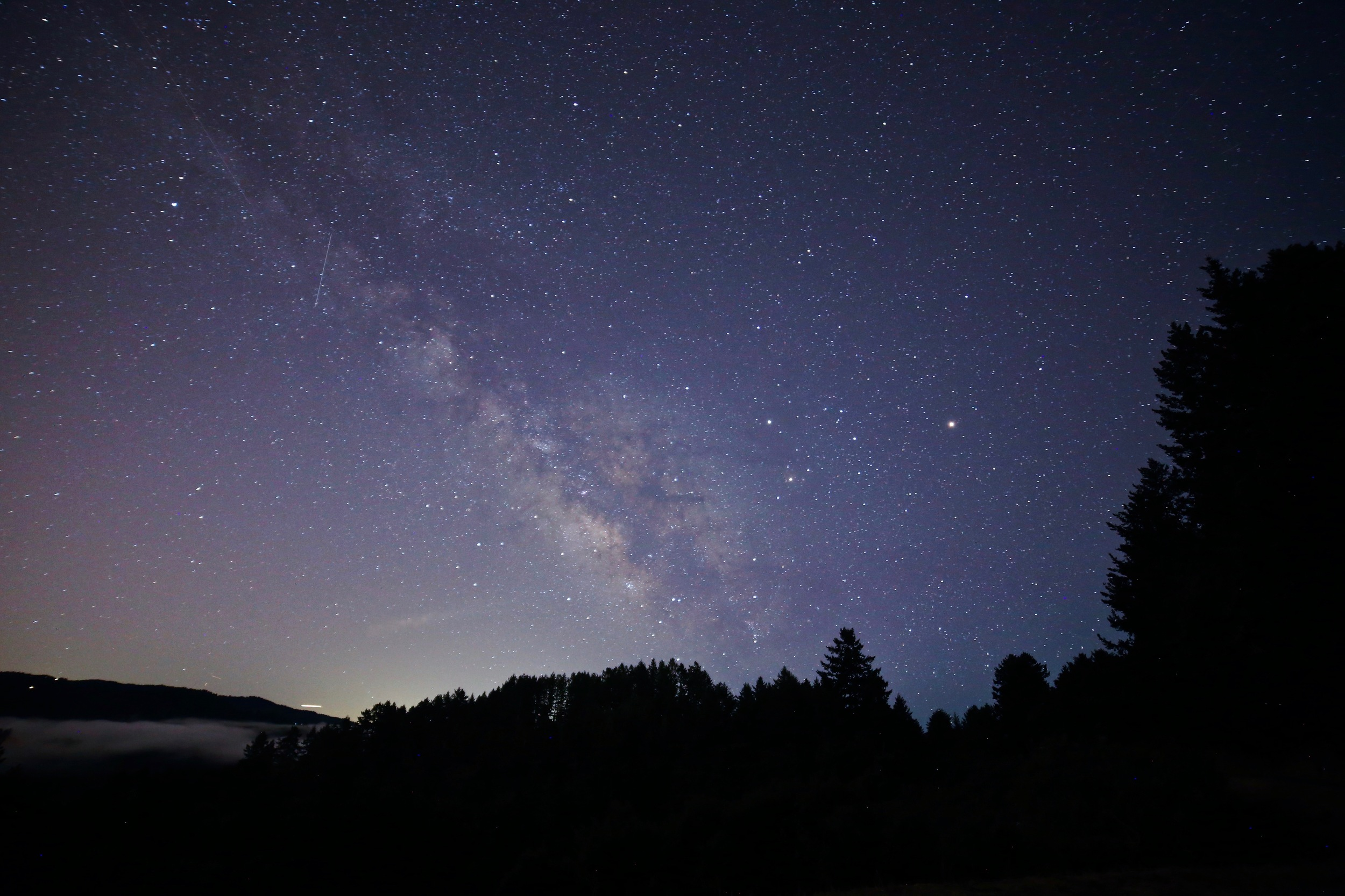 Finally this night. I got this shot right away off Alpine Road...