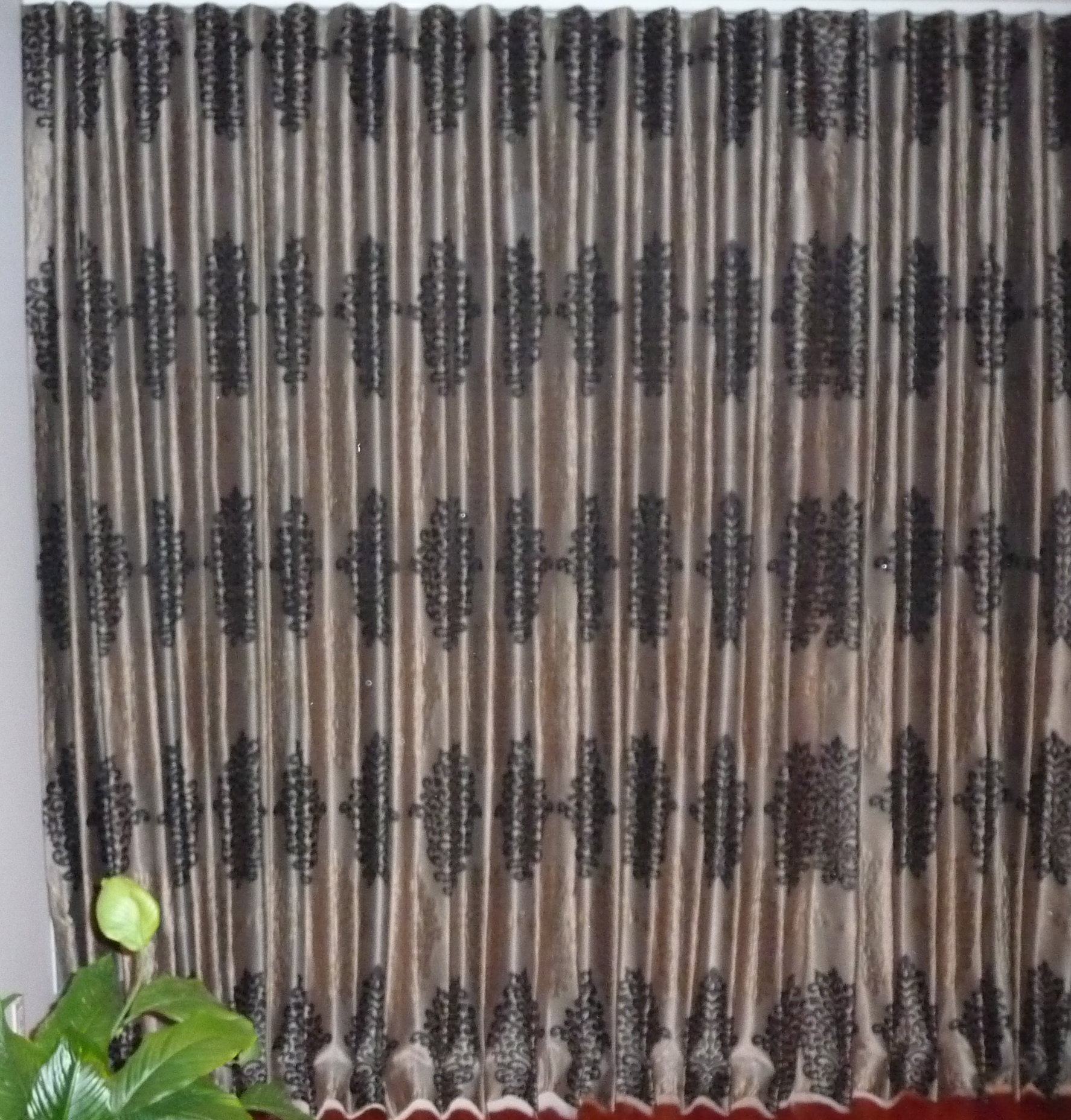 Ripple foled drapes