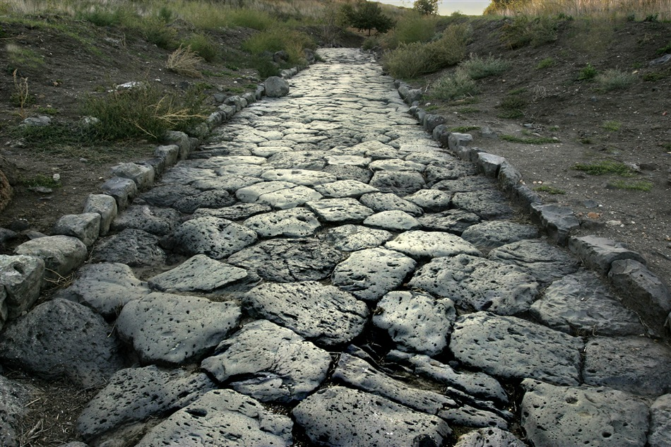 A Roman road that's better than some roads in San Francisco.