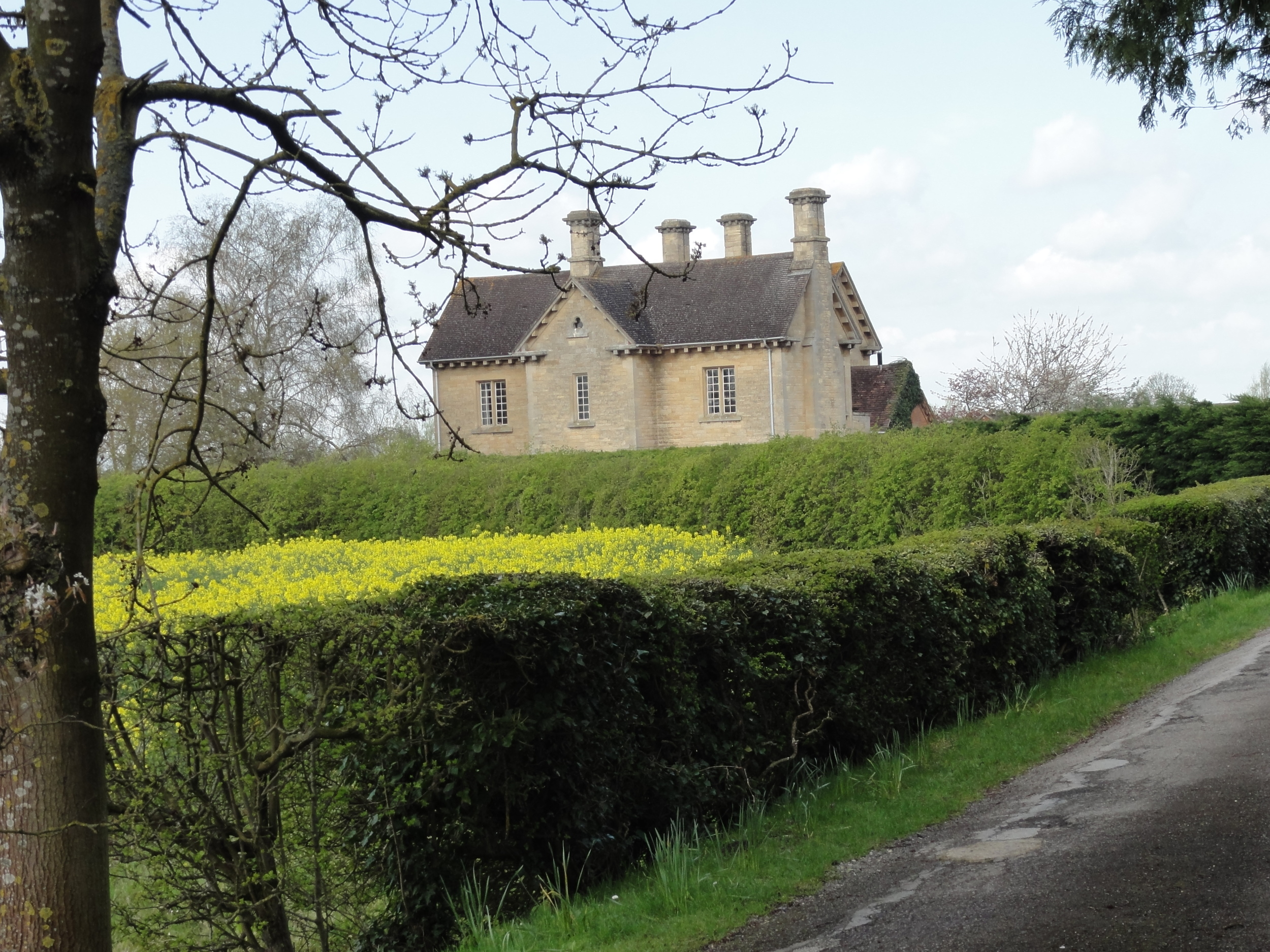 The Moretons Farmhouse viewed from the drive