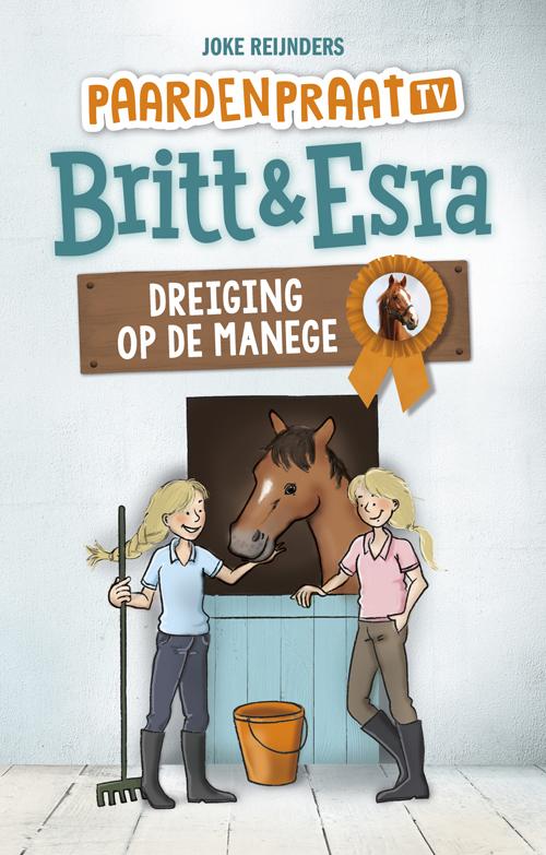 Britt & Esra Dreiging op de manege