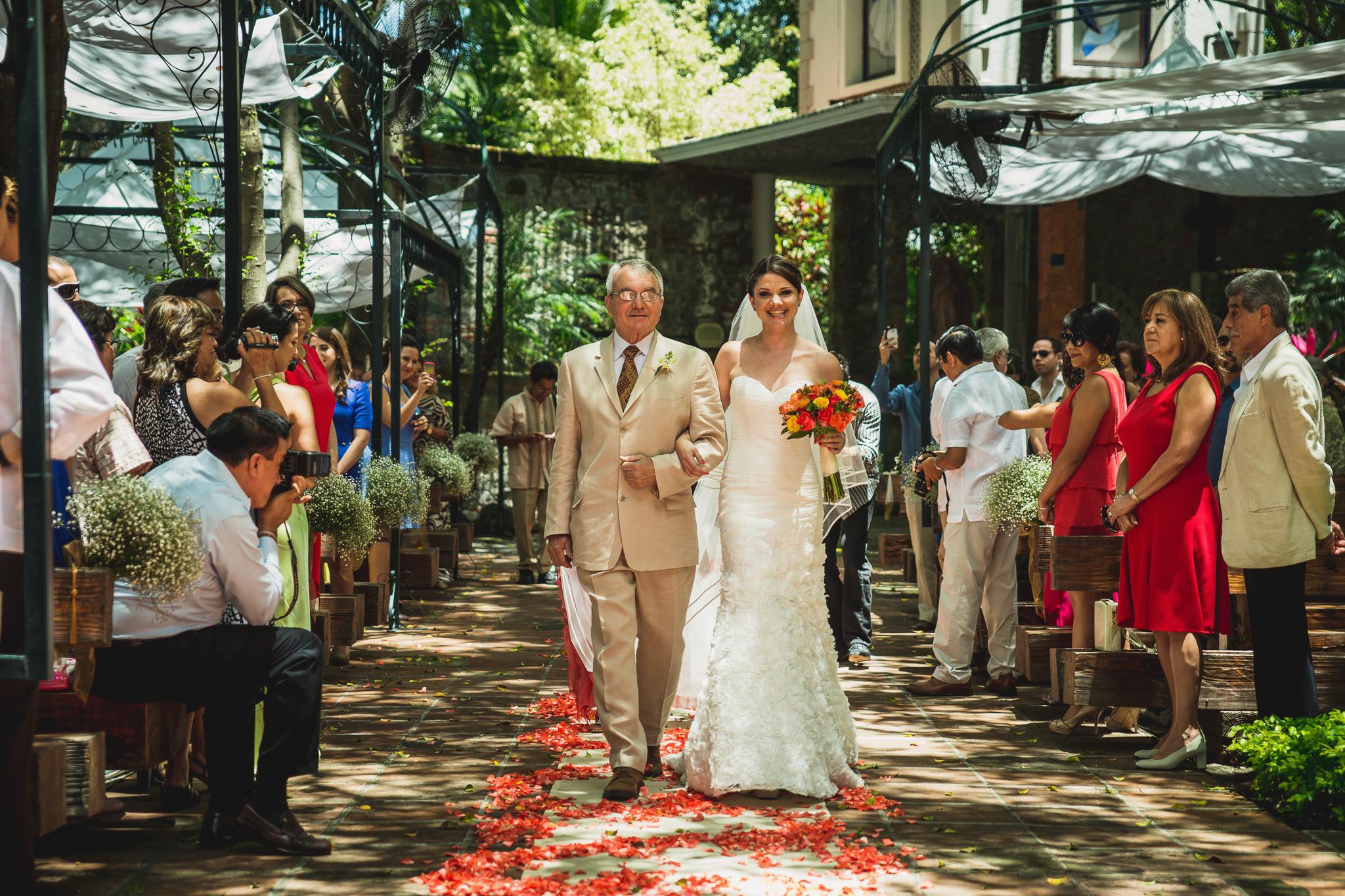 wedding-photography-mexico-quinta-rubelinas-37.jpg