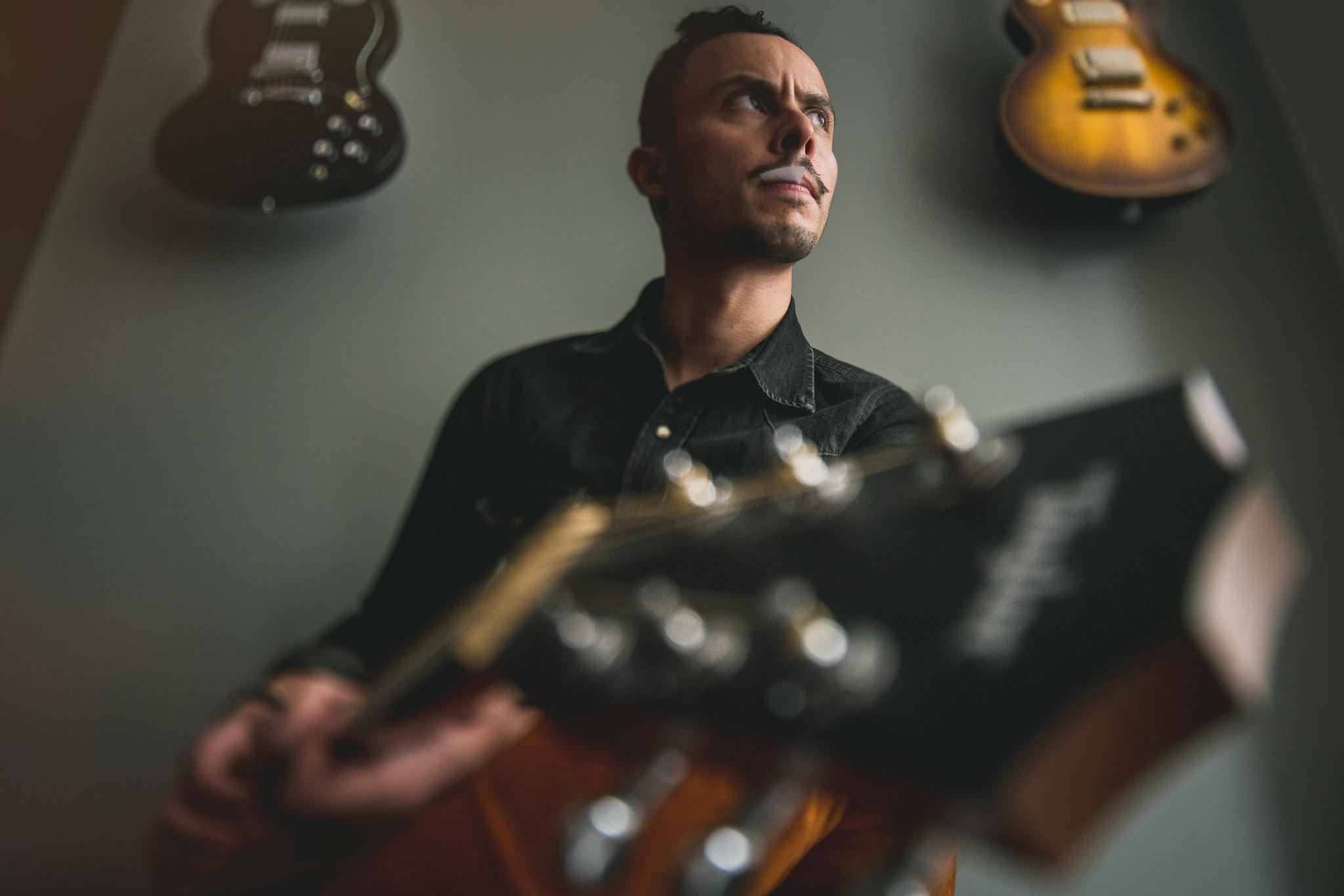 Taylor-guitar-advertising-portrait-brooks-hipster-fotografo-mexico-retrato-MaurizioSolisBroca.Photography150706DSC02978-Edit.jpg