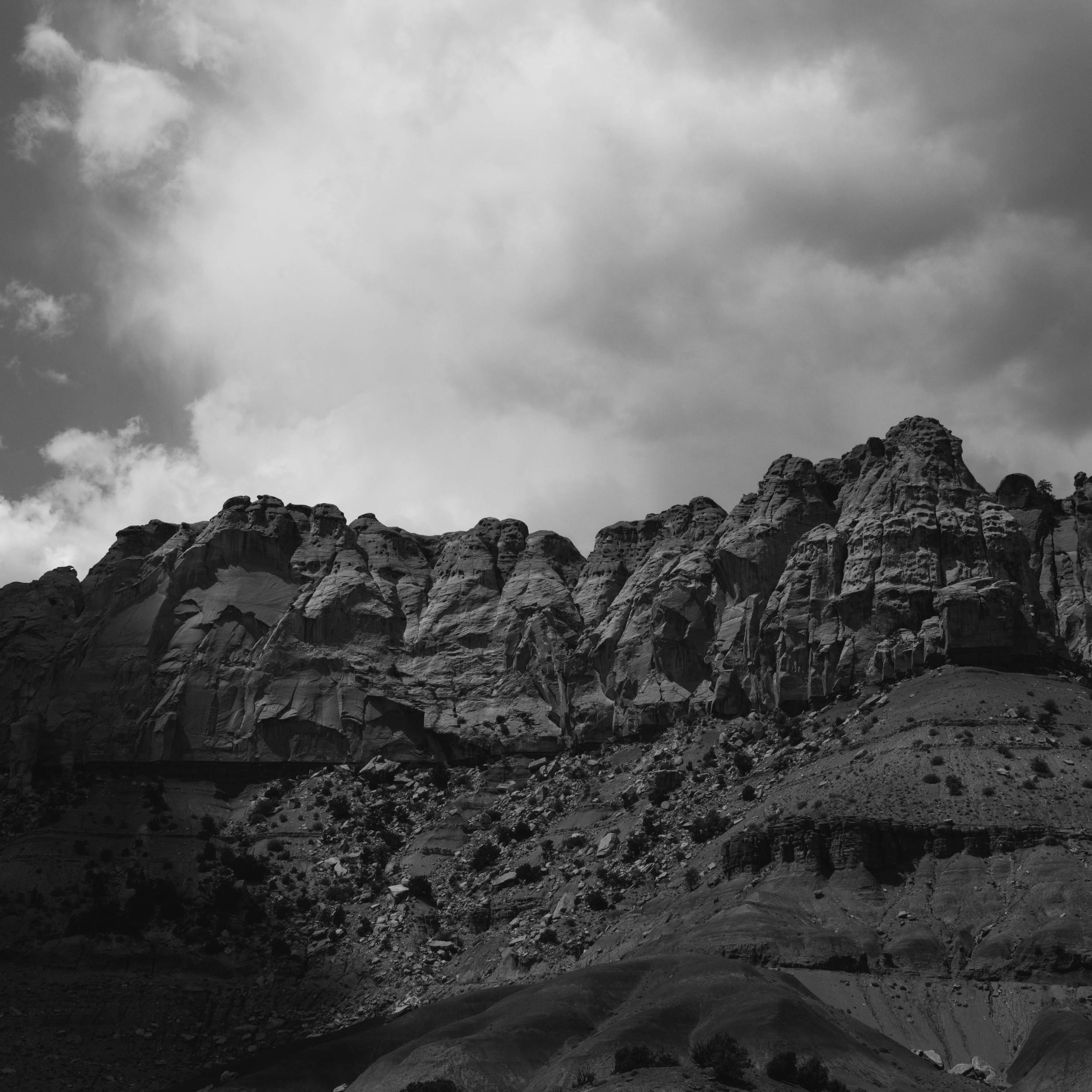 cliffs1.jpg