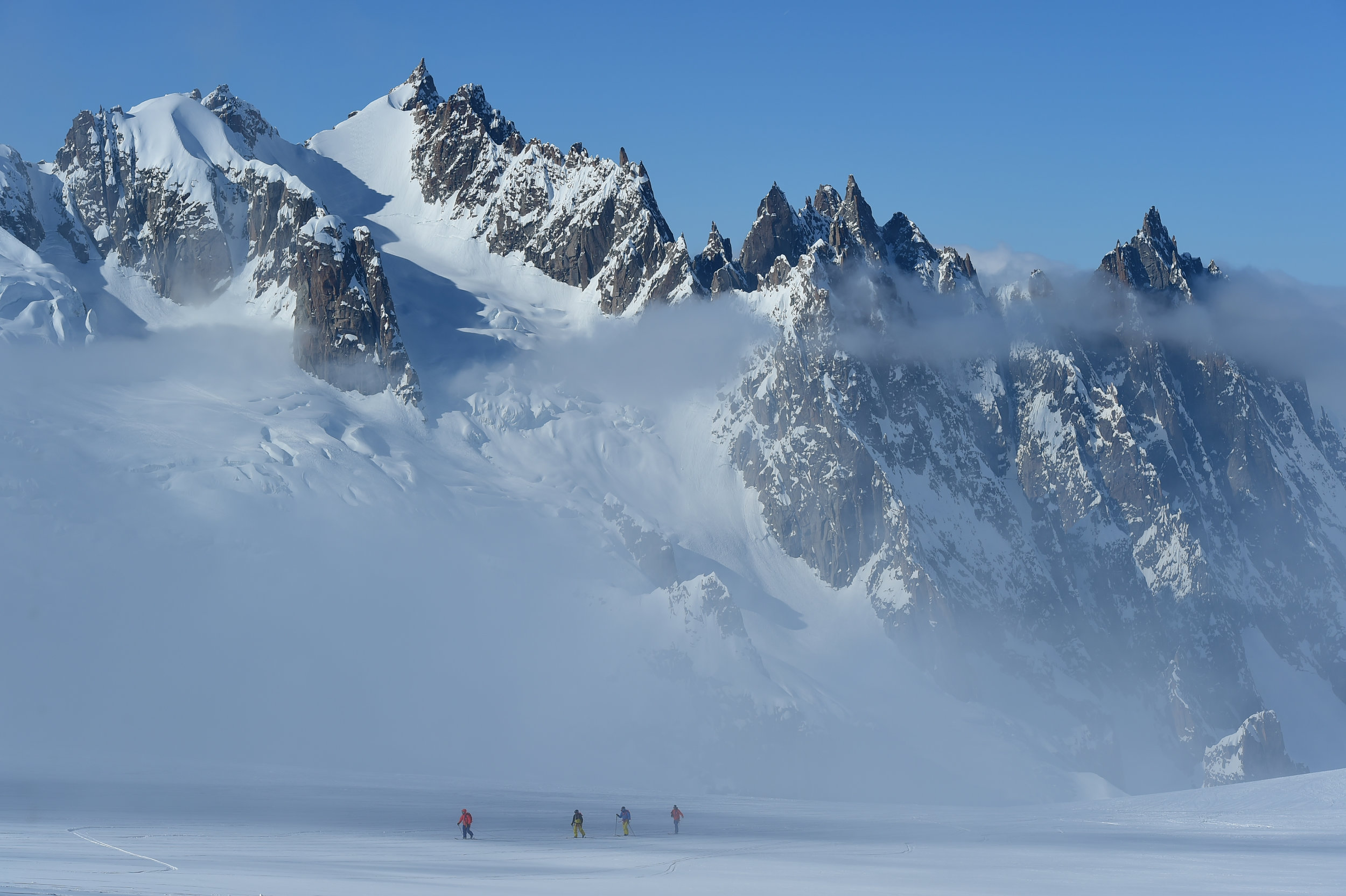 Ski touring back to the Skyway with Mont Blanc in the background.  Photo: Mattias Fredriksson