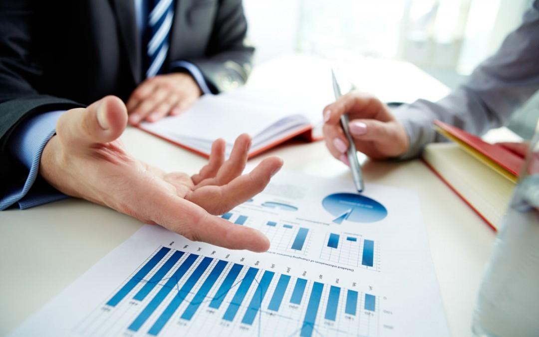 financialanalytics1-1080x675.jpg