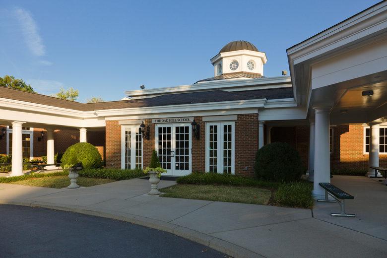 The-Oak-Hill-School-WvMa77.jpg