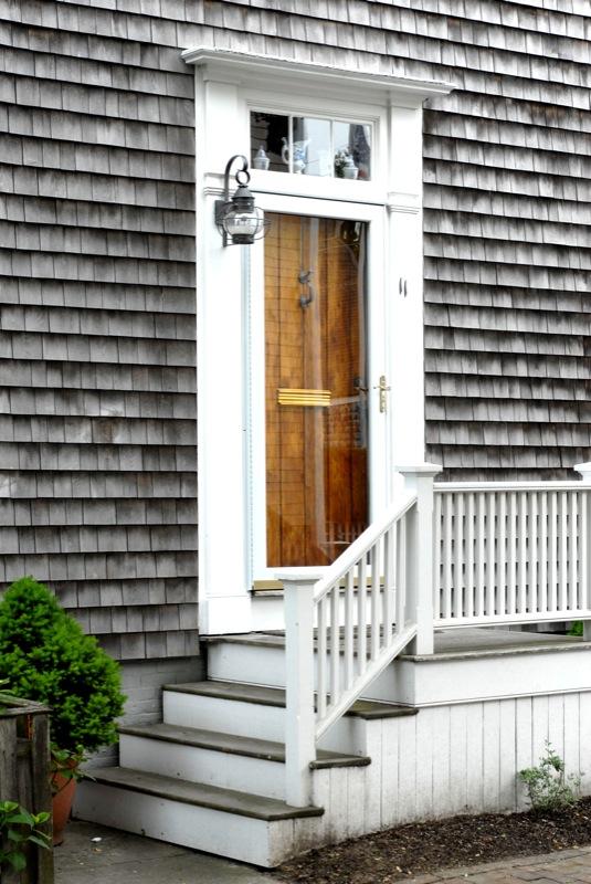 typical_front_door_with_window_above_28.jpg