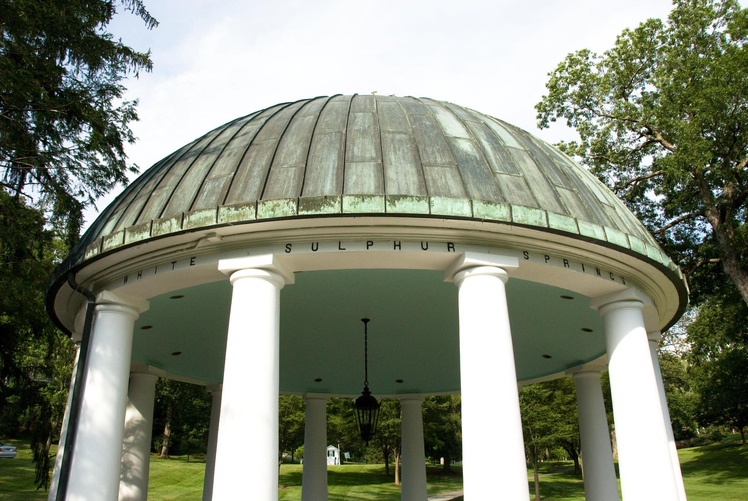 Spring_House_at_the_Greenbrier_22.jpg