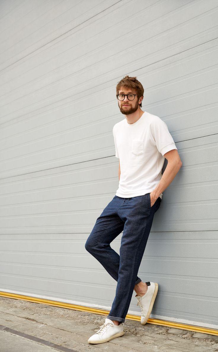 e15f41ecd31e3775884b1c5b06389c9c--minimal-fashion-minimalist-fashion-male.jpg