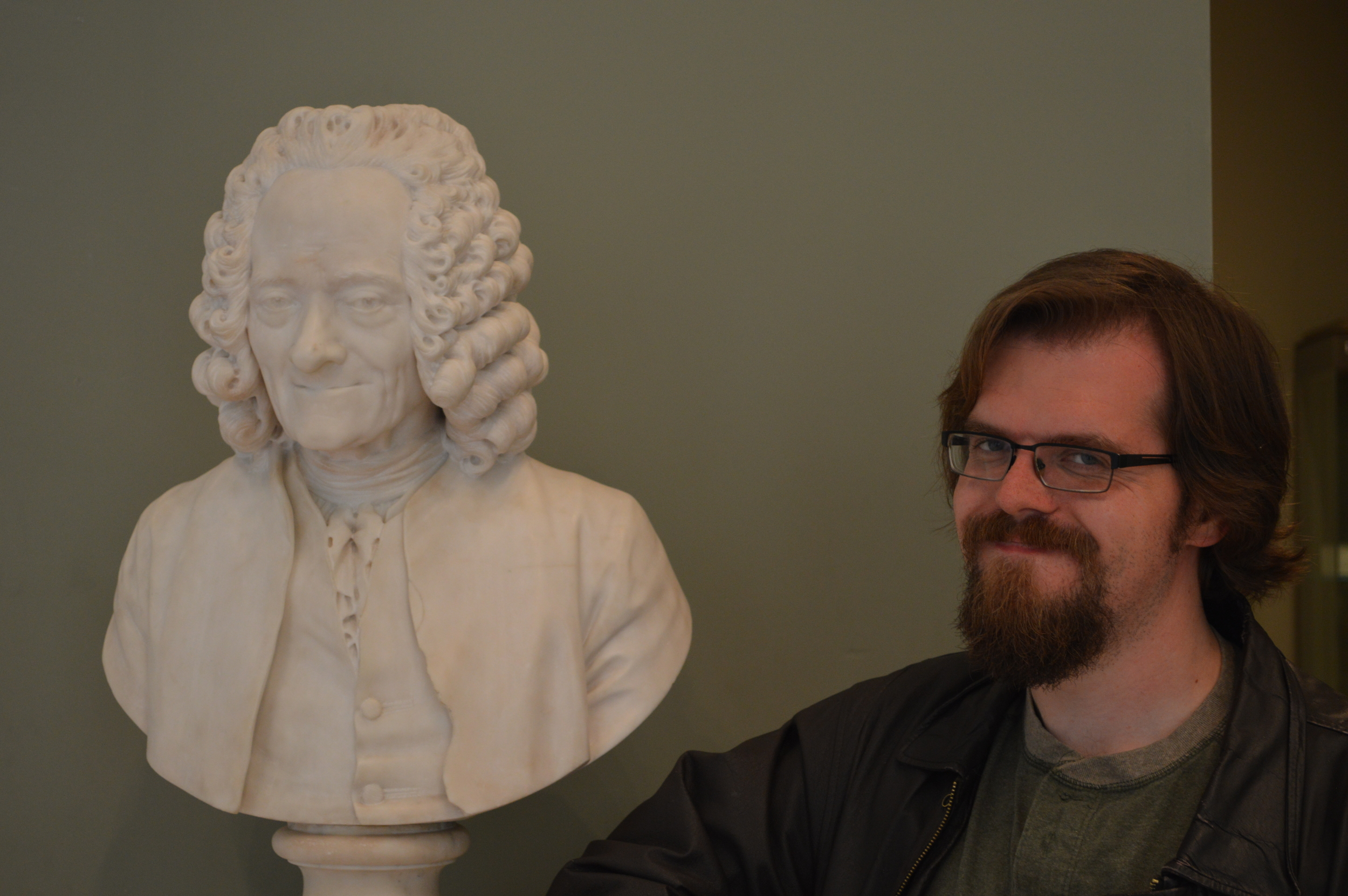 Jack and Voltaire Louvre.JPG