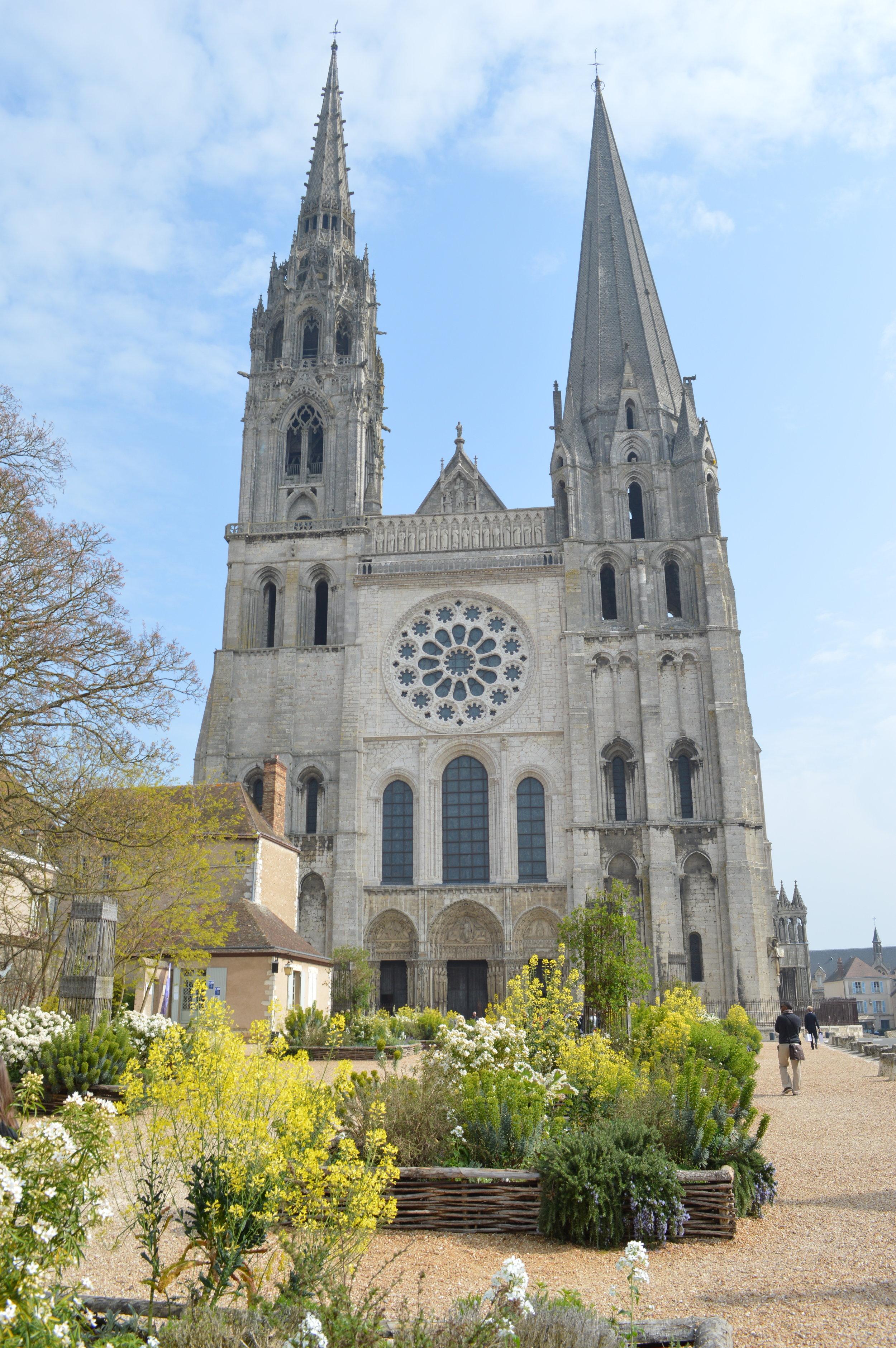 Notre Dame de Chartres, west end