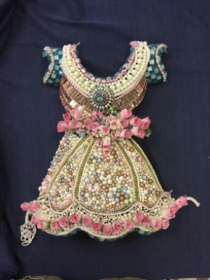 A sample mosaic dress by Susan Wechsler.
