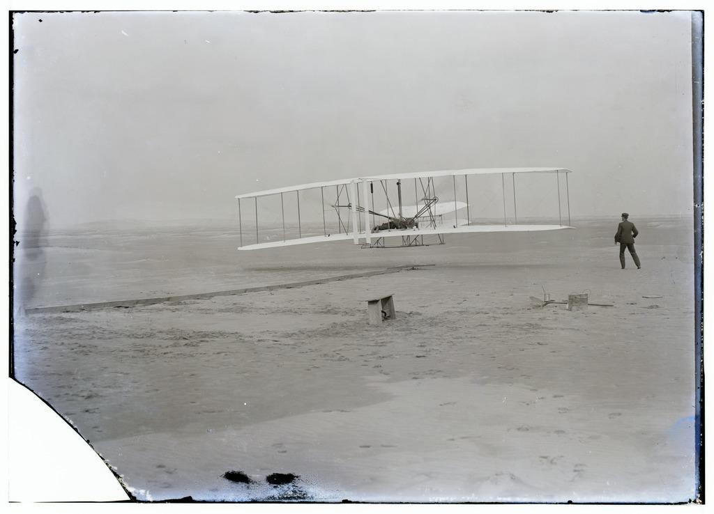 Wright_first_flight.tif.jpg