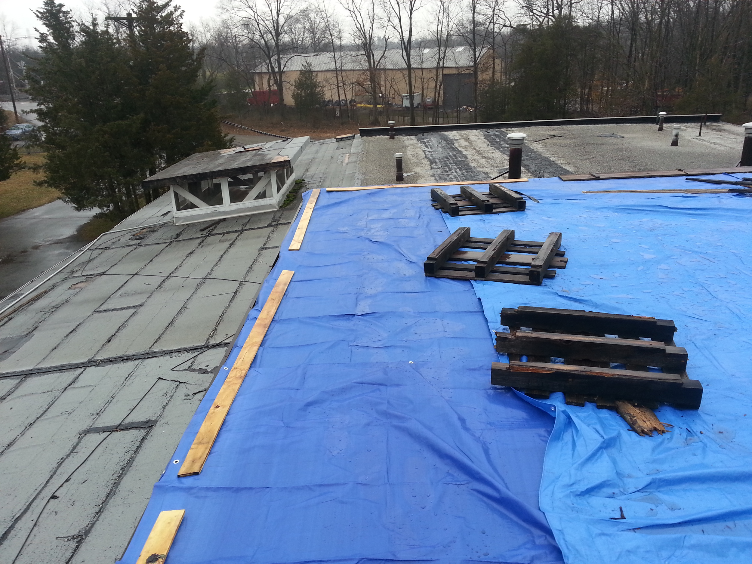 Flat roof before replacement