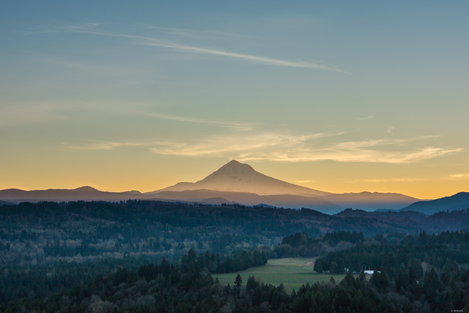 Mt Hood Jonsrud Sunrise | 50mm, f/6.3, ISO 100, 1/320