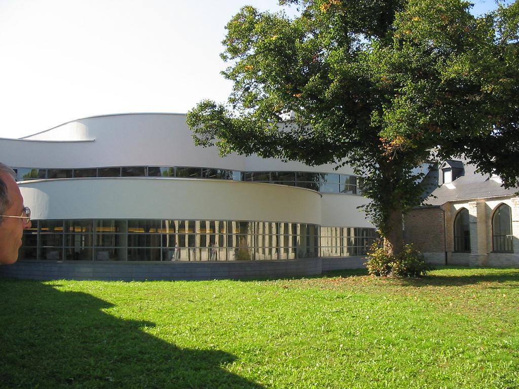 09 Rafael Moneo-Library Leuven.jpg