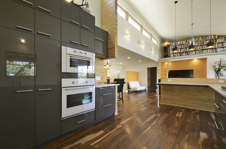 2325 Westrock Dr-large-010-Kitchen and Breakfast 001-1500x988-72dpi.jpg