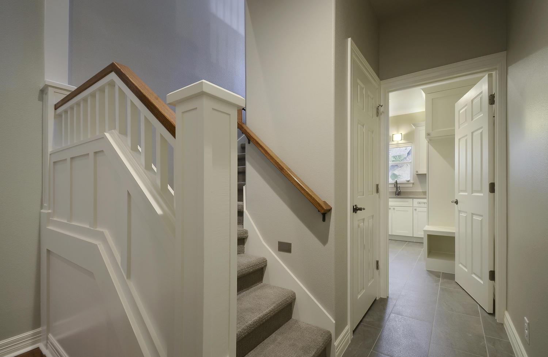 05_Stairs.jpg