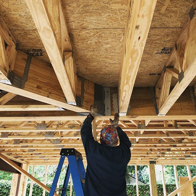 Big beams sometimes require big hangers... Del Monte frame progress.  #slowandsteadywinstherace #custombuilder #apbuilders #houstonbuilder #framing #construction