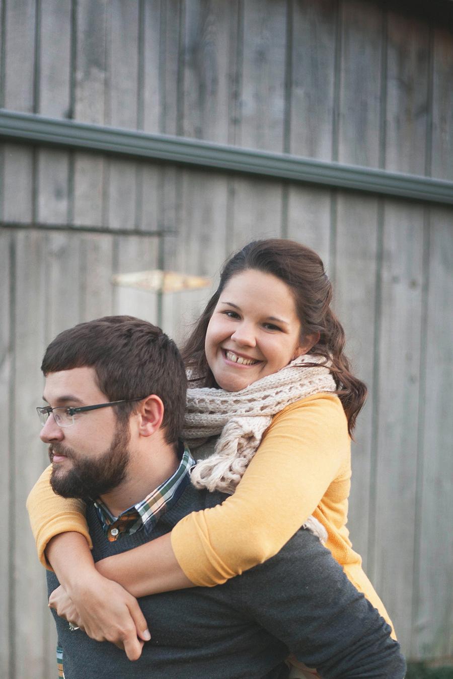 Toledo-Ohio-Photographer-Engagement19.jpg