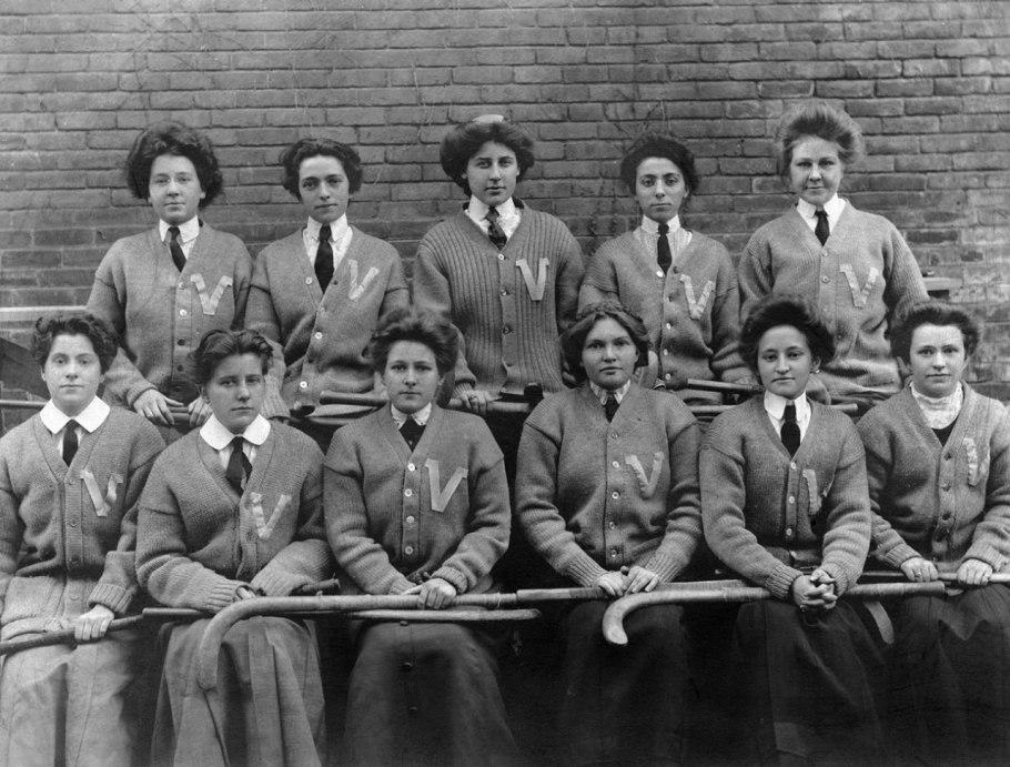 Seven Sisters Style - Field Hockey Team Vintage.jpg