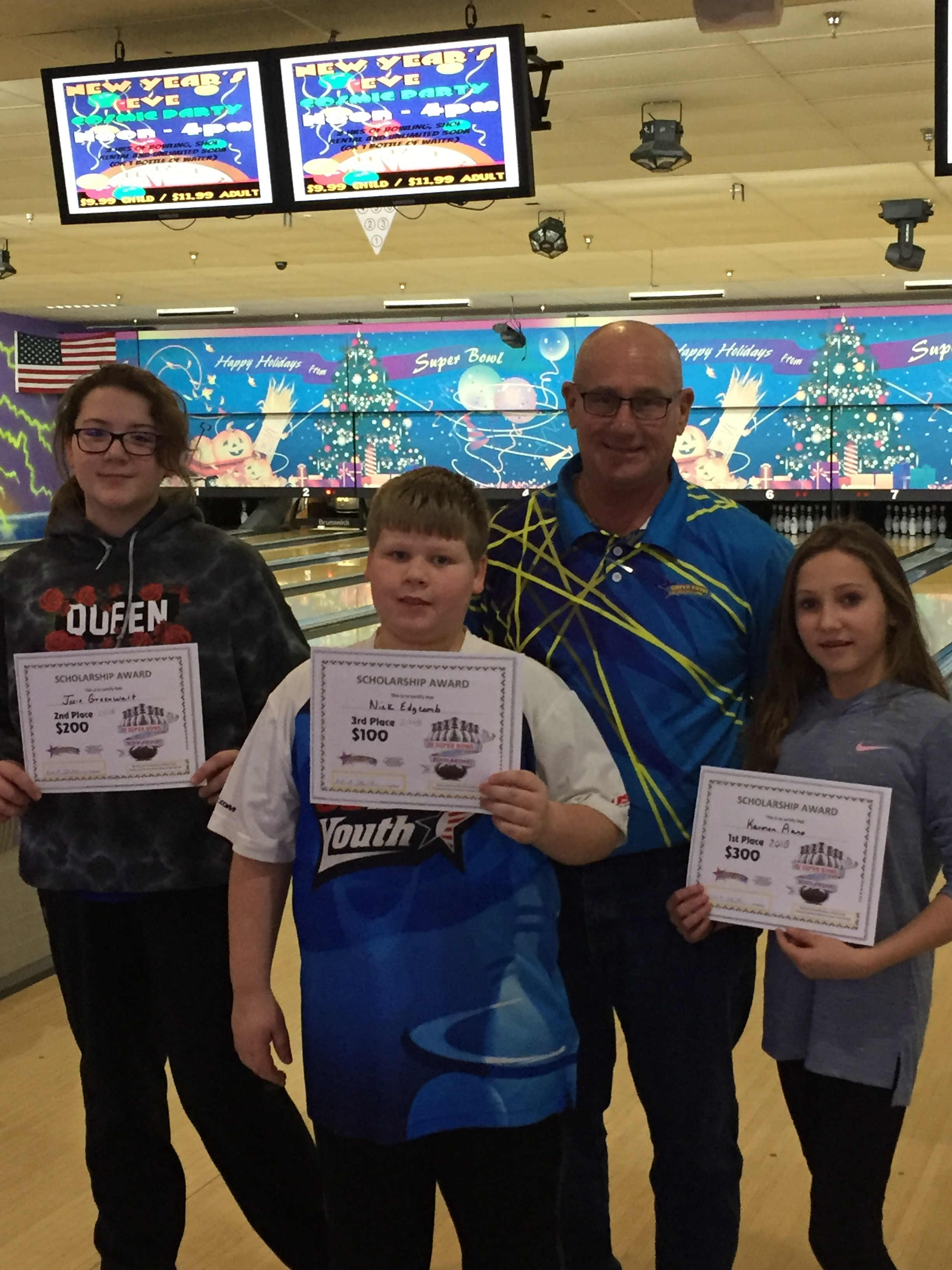 Age 11 and under L - R: Josie greenwalt, nick edgcomb, bob stubler and Karen piano