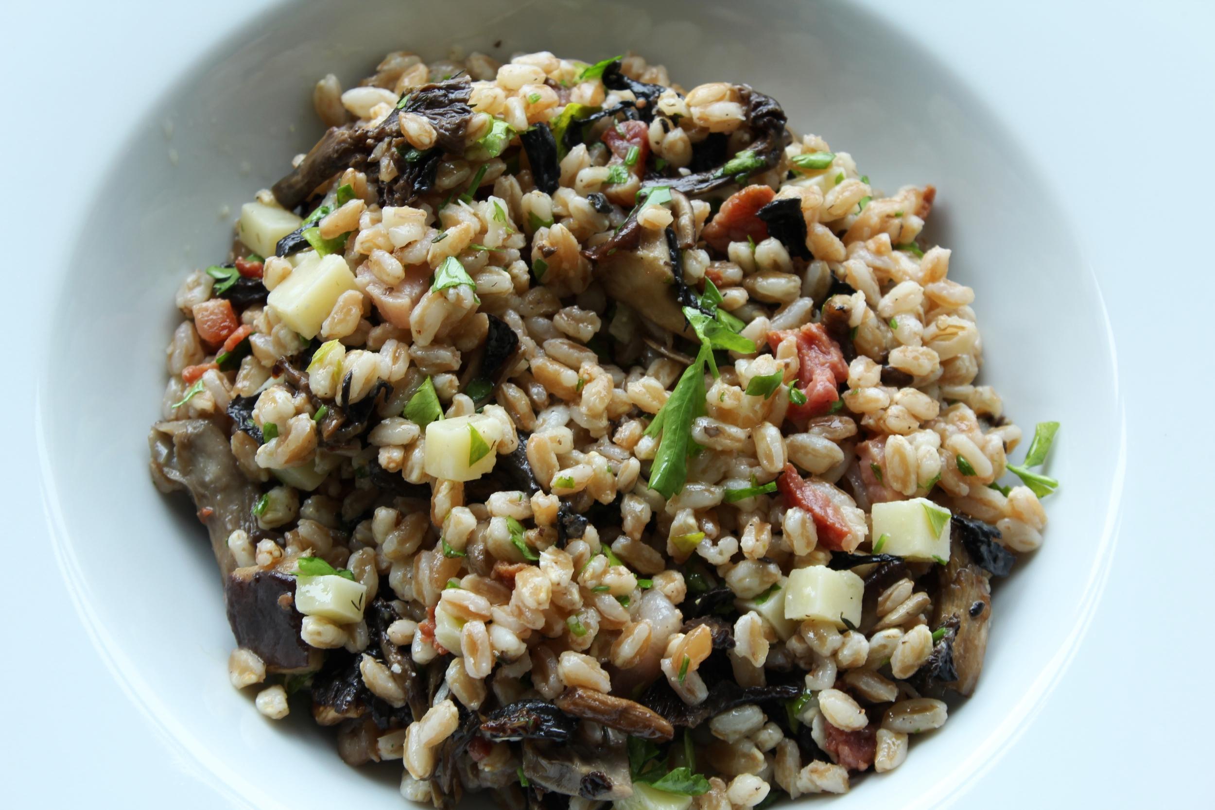 Farro, mushroom & pancetta salad