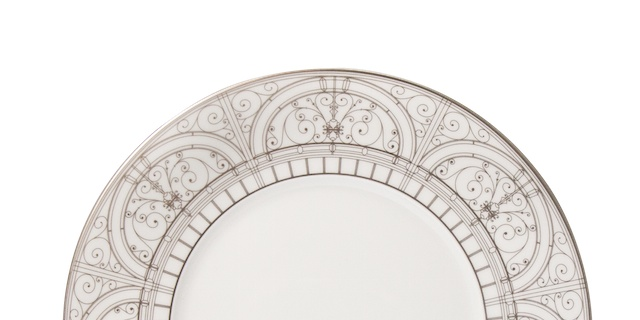 Dinner Plate with Patterned Rim, Courtesy Haviland