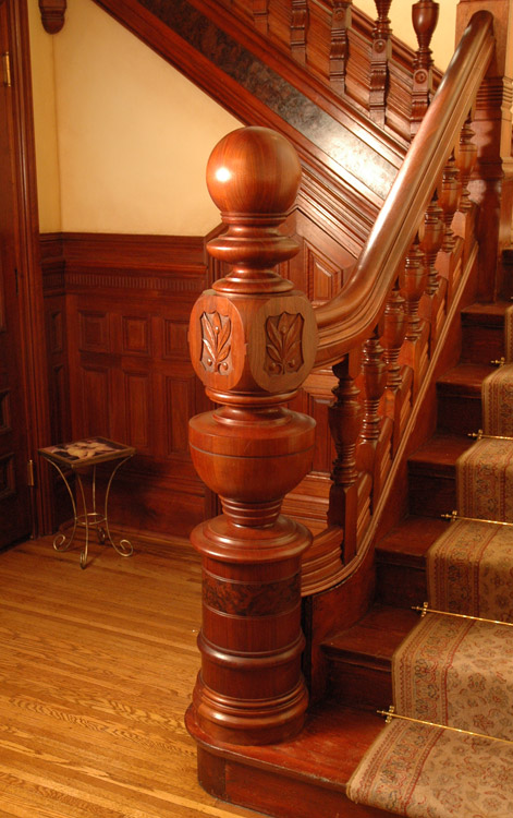 Reproduction newel in Pittsburg's Mary Roberts Rinehart House by Wilson & McCracken // © wilson & mccracken