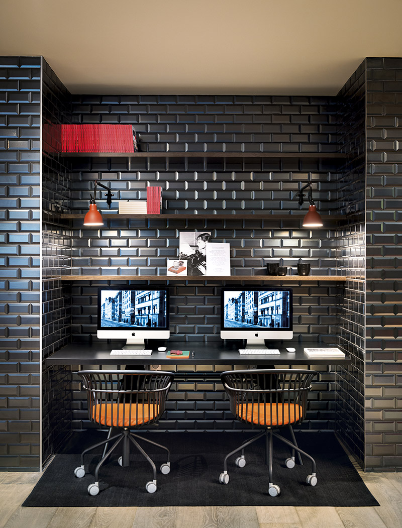 Metro Collection Stainless Steel subway tile in black | Photo courtesy Sygma-Group