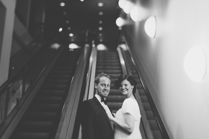 bryllupsfotograf-oslo-destination wedding photographer-morgan sikkerboel-stereosaint-leica-monochrom-street photography-93.jpg