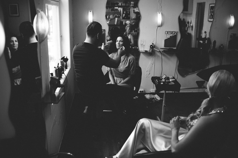 bryllupsfotograf-oslo-destination wedding photographer-morgan sikkerboel-stereosaint-leica-monochrom-street photography-13.jpg