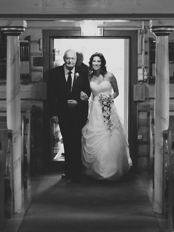 bryllupsfotograf-oslo-destination wedding photographer-morgan sikkerboel-stereosaint-leica-monochrom-street photography-29.jpg